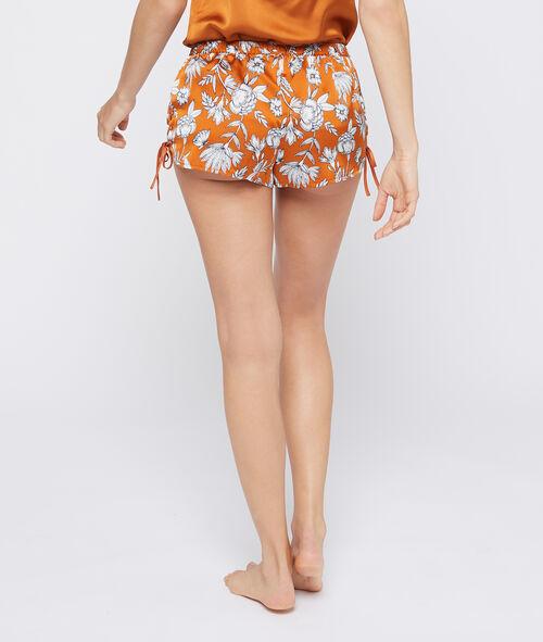 Seidig schimmernde Shorts mit floralem Print