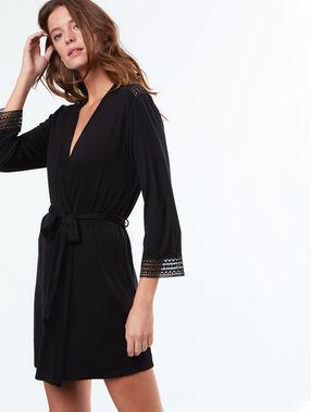 Weicher, fließender kimono schwarz.