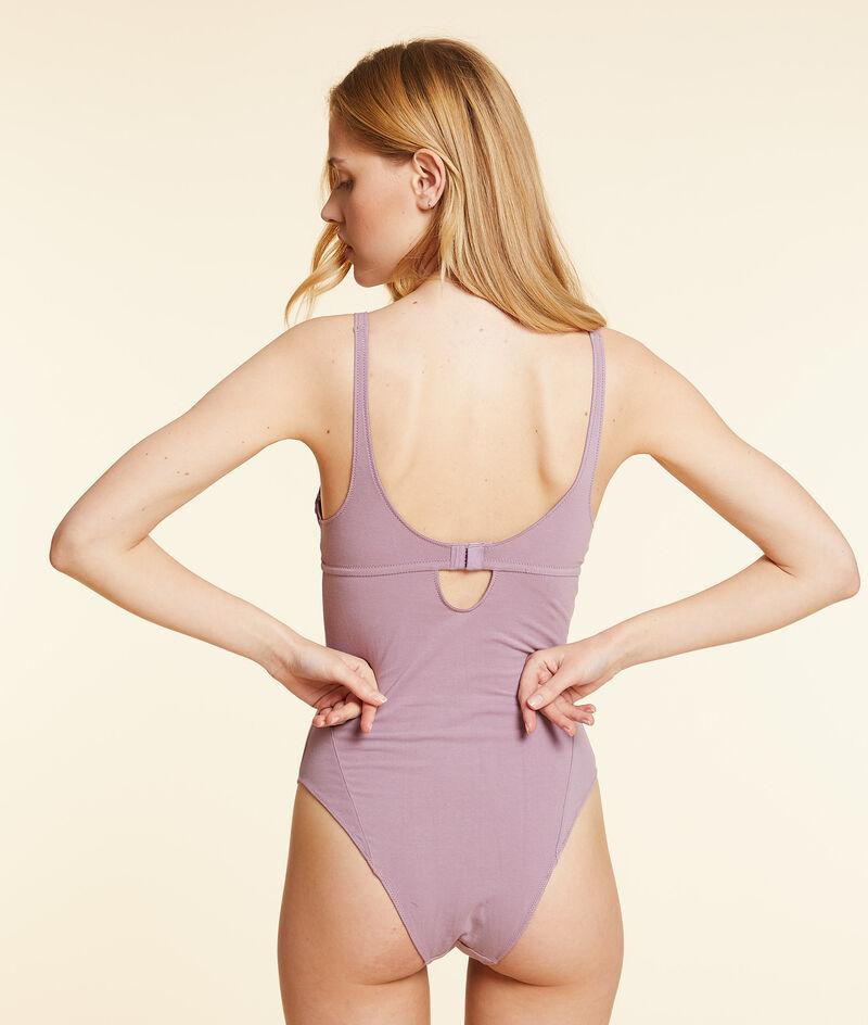 Komfortabler Body aus elastischer Bio-Baumwolle;${refinementColor}