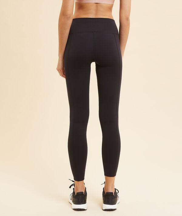 Kurze Yoga-Leggings;${refinementColor}