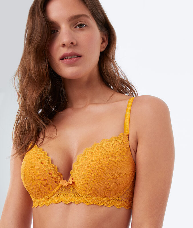 Soutien-gorge n°1 - magic up dentelle bouton d'or.