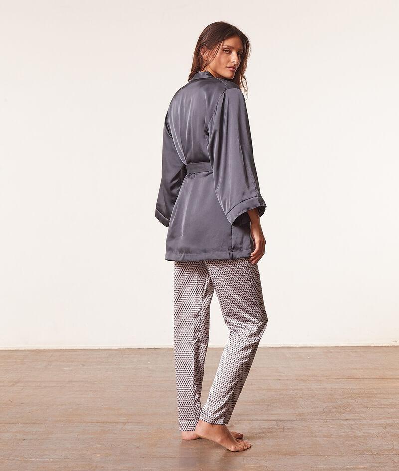 Dreiteiliger Pyjama;${refinementColor}